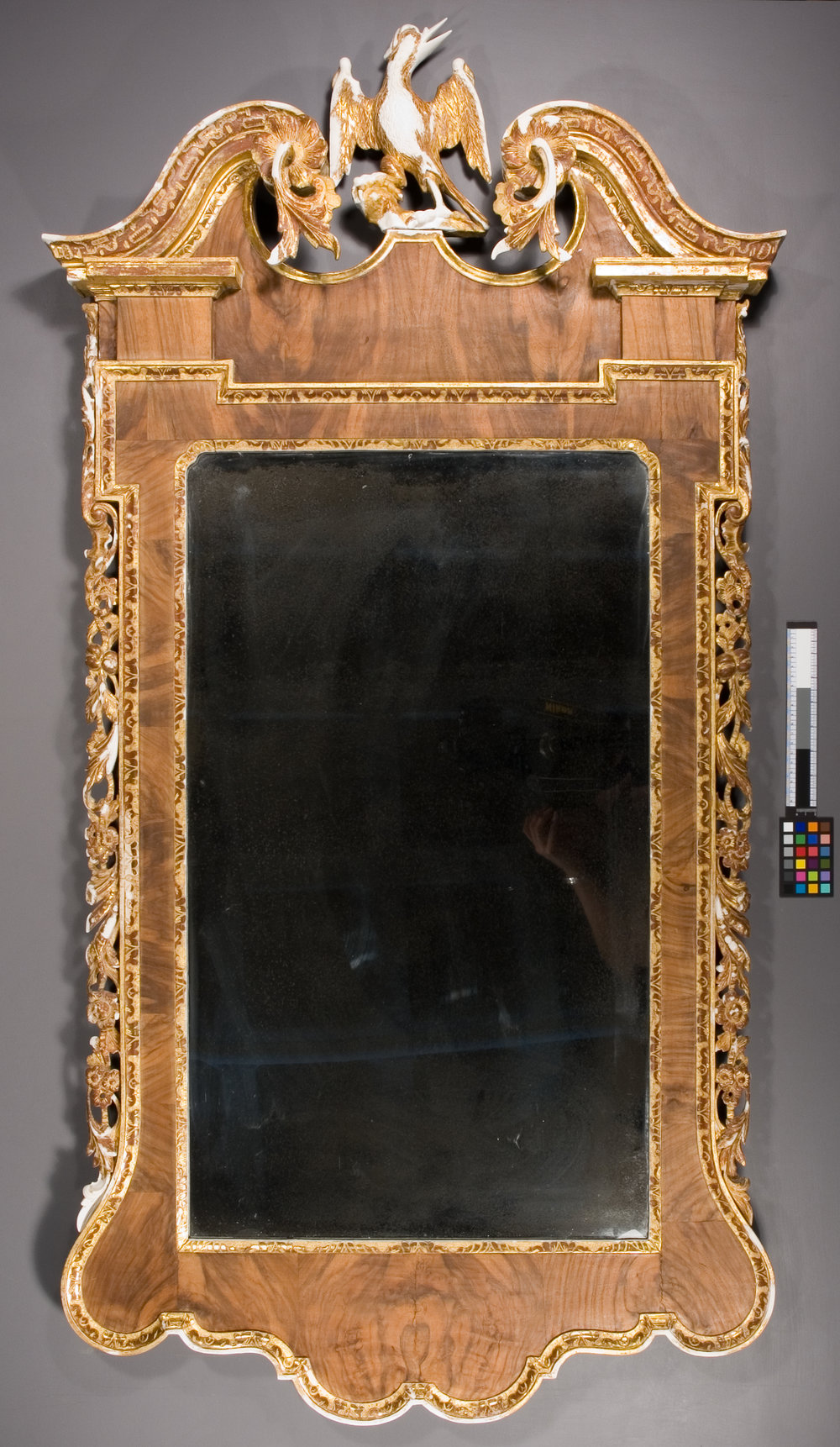02-DT1-Parcel-Gilt-Looking-Glass-gesso-overall