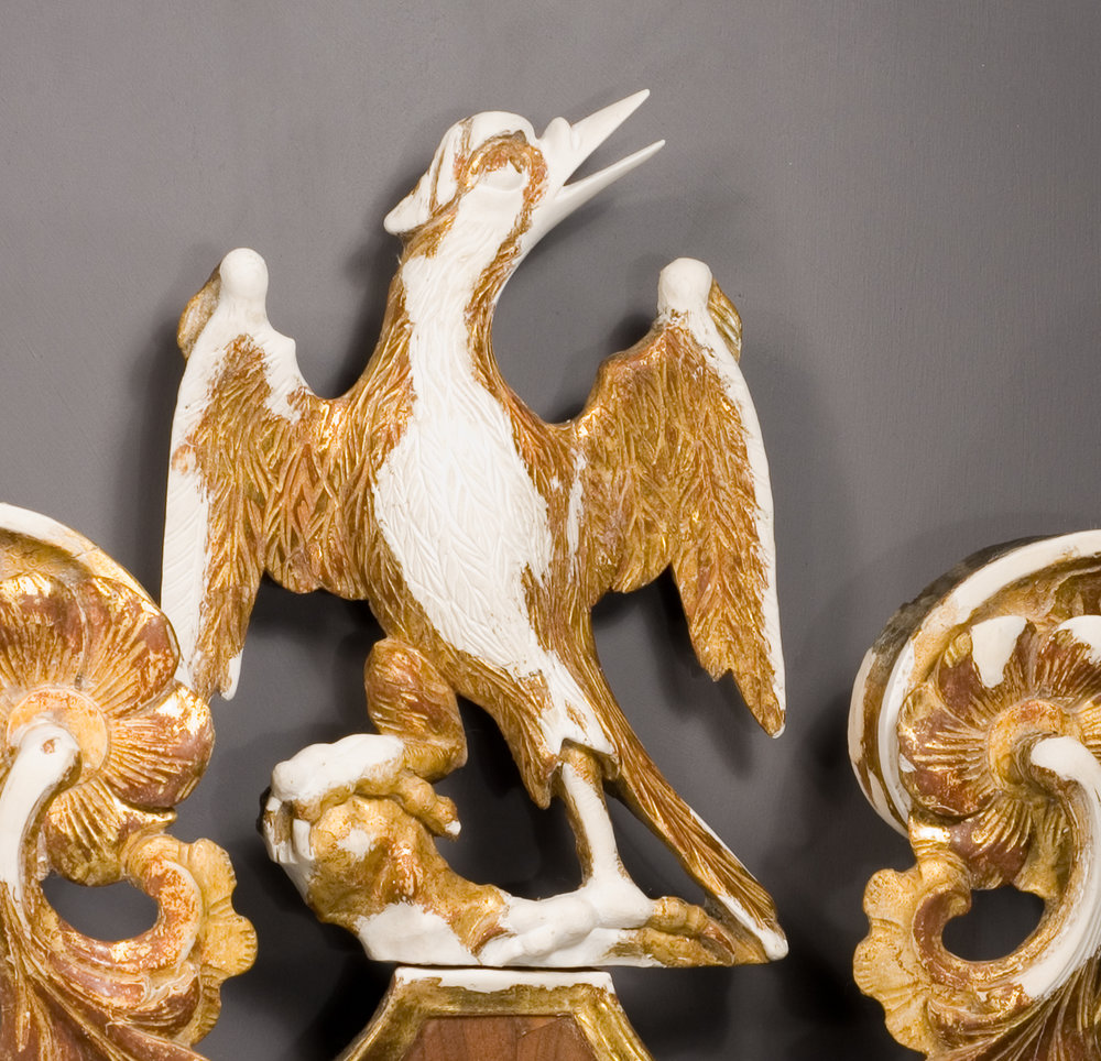 07-DT1-Parcel-Gilt-Looking-Glass-bird-detail-gesso