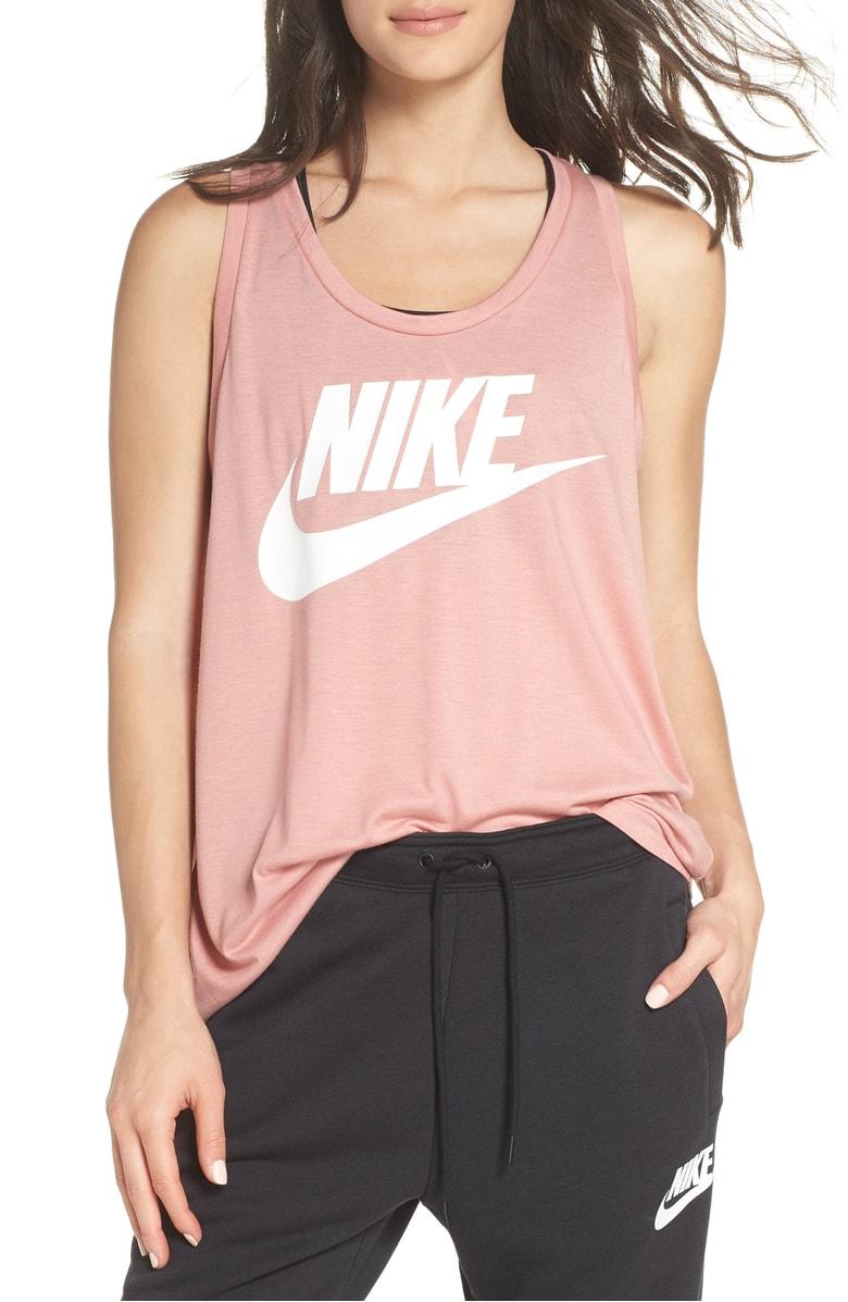 Nike Esstential Logo Tank.jpg