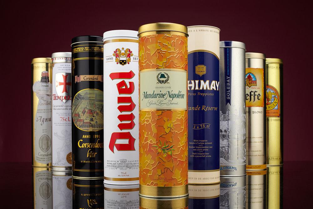 Product foto van collectie luxe metalen drankverpakkingen