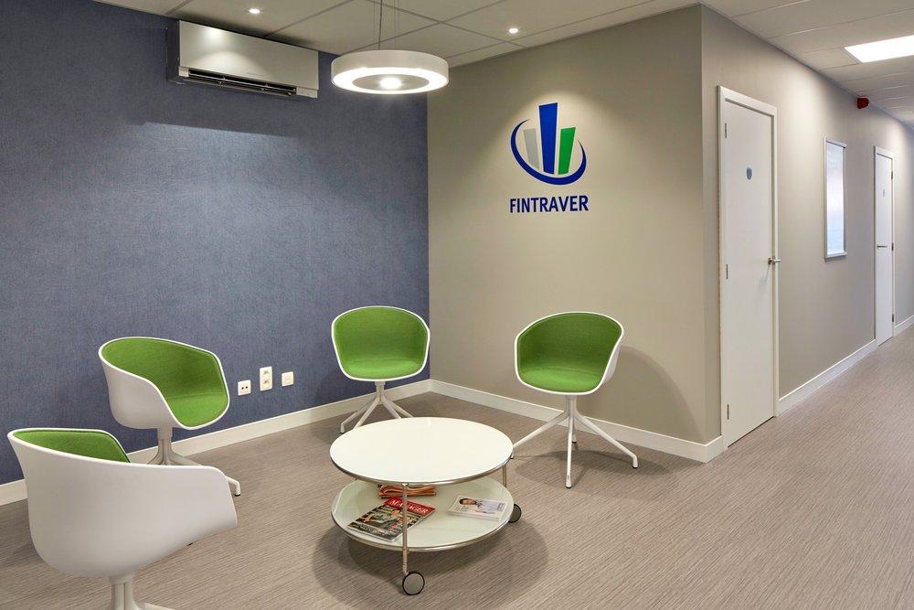 Lichtaart | Interieur van bankkantoor en wachtruimte