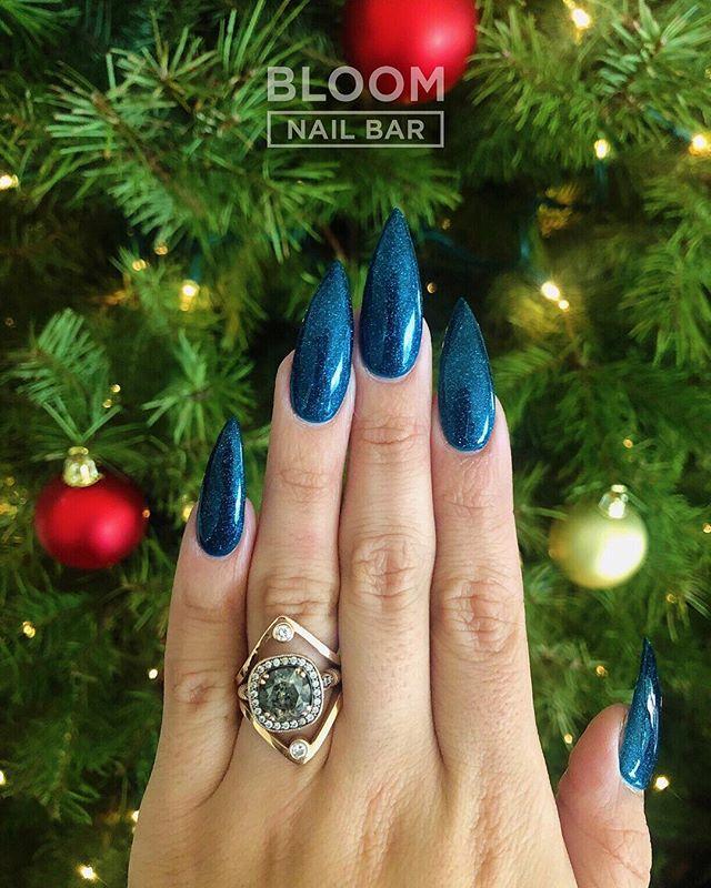 Are your nails ready for 2019? ✨ 💅🏻 by Jenny 📸 @jalisa_marie . . . . . . . . . . . . . . . . . . . . #nailoftheweek #nailitdaily #bloomnailbar #nailblogger #nailedit #nailoftheday #nails💅 #naildaily #nailstagram #nailsofig #bloomnailbarla #nailsofinstagram #acrylicnails #nailinspo #notd #almondnails #glitternails #christmasnails