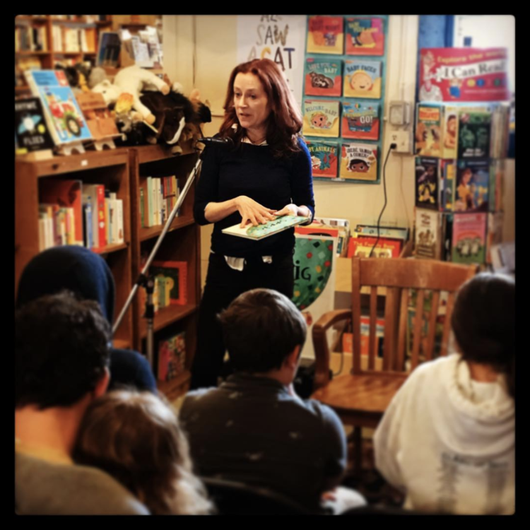 FOLIO BOOKS READING | APRIL 2018  Author Leslie Crawford read before a group of children at  Folio Books  in San Francisco.