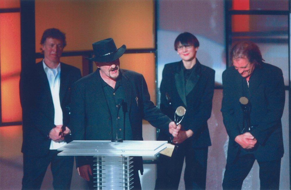 rock hall of fame award_0.jpg