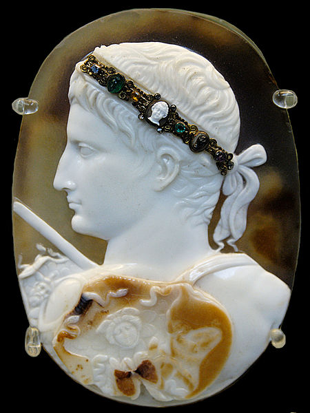 Cameo_August_BM_Gem3577 public domain wikimedia commons
