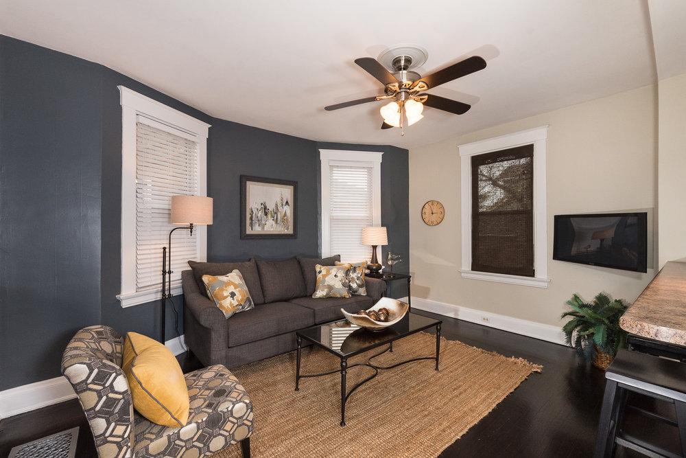 3088 Markbreit Living Room (1).jpg