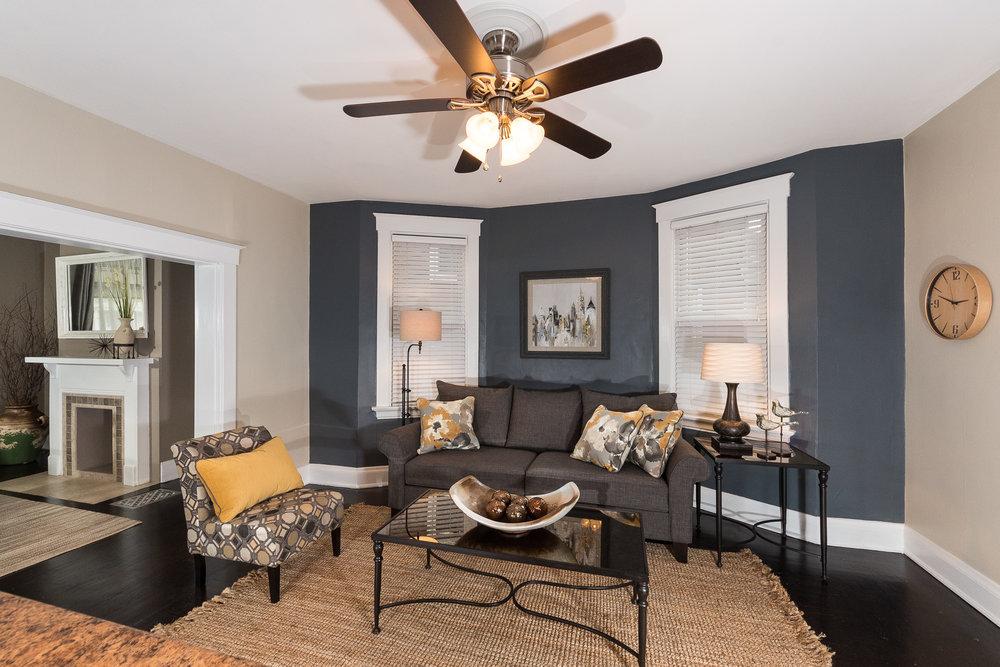 3088 Markbreit Living Room (2).jpg