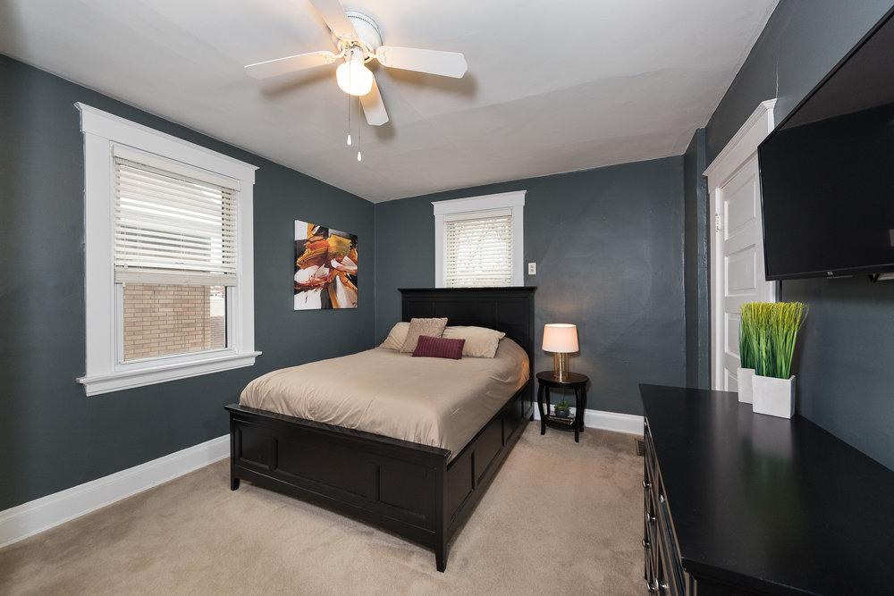 3088 Markbreit Master Bedroom (1).jpg