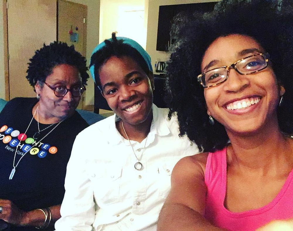 We are so happy that our cherished community mama, beloved queen fairy emeritus, genius curator @courtneyreideaton is here with us this week! Her experience with moving from concept to installation is priceless. #inheritlight   #fam   #blackcenter  (alexispauline)