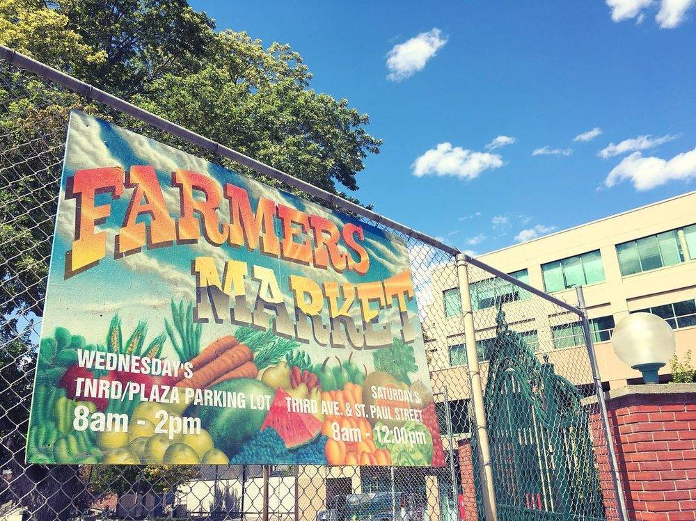 farmersmarket2016.jpg