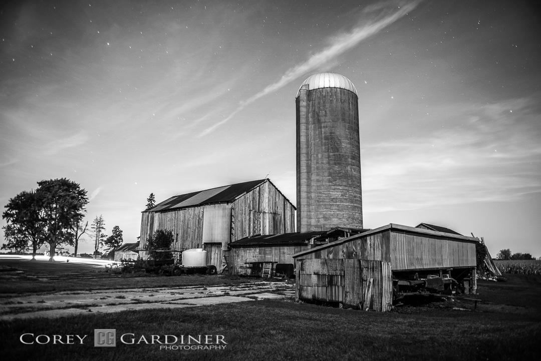 Corey Gardiner Monocrome Morris' Barn-1