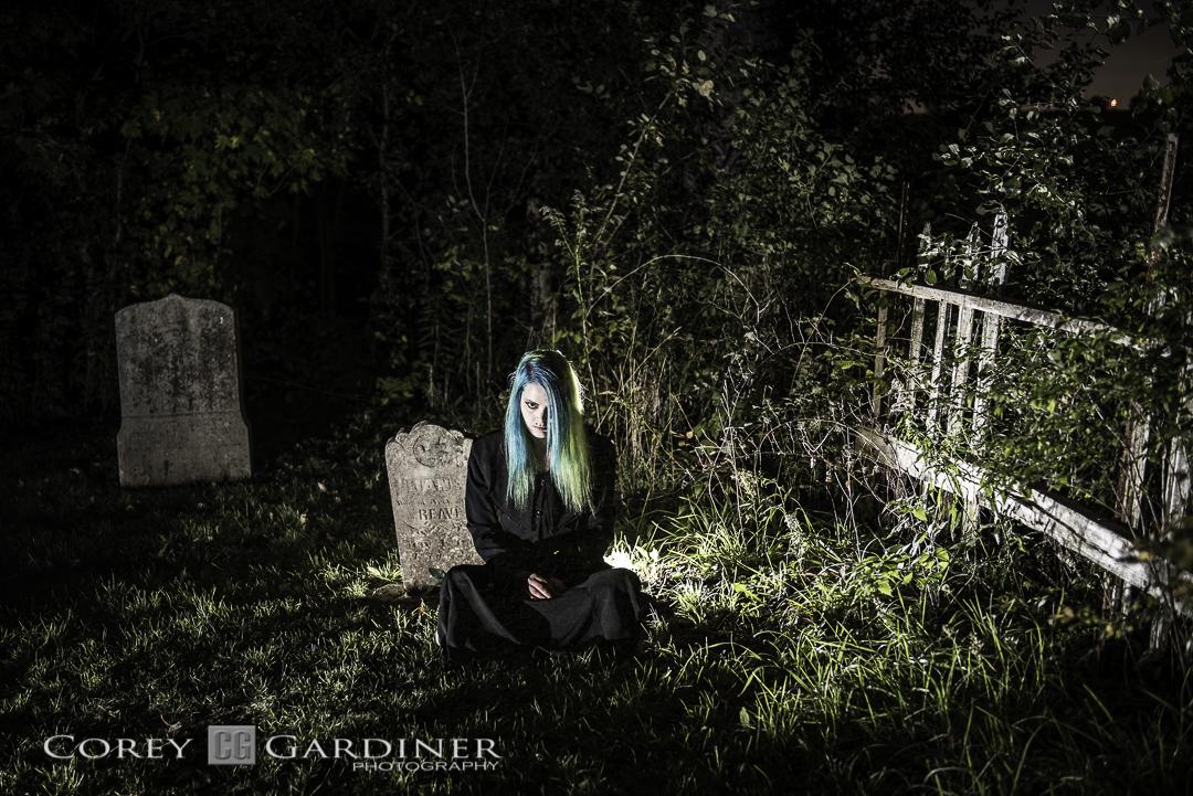 skye-lalonde-cemetery-shoot-web-use-3