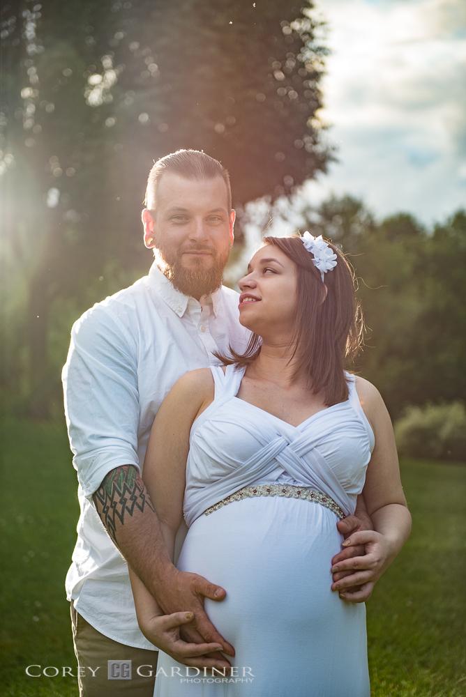 Emma and Thomas Maternity Web Size-21.jpg