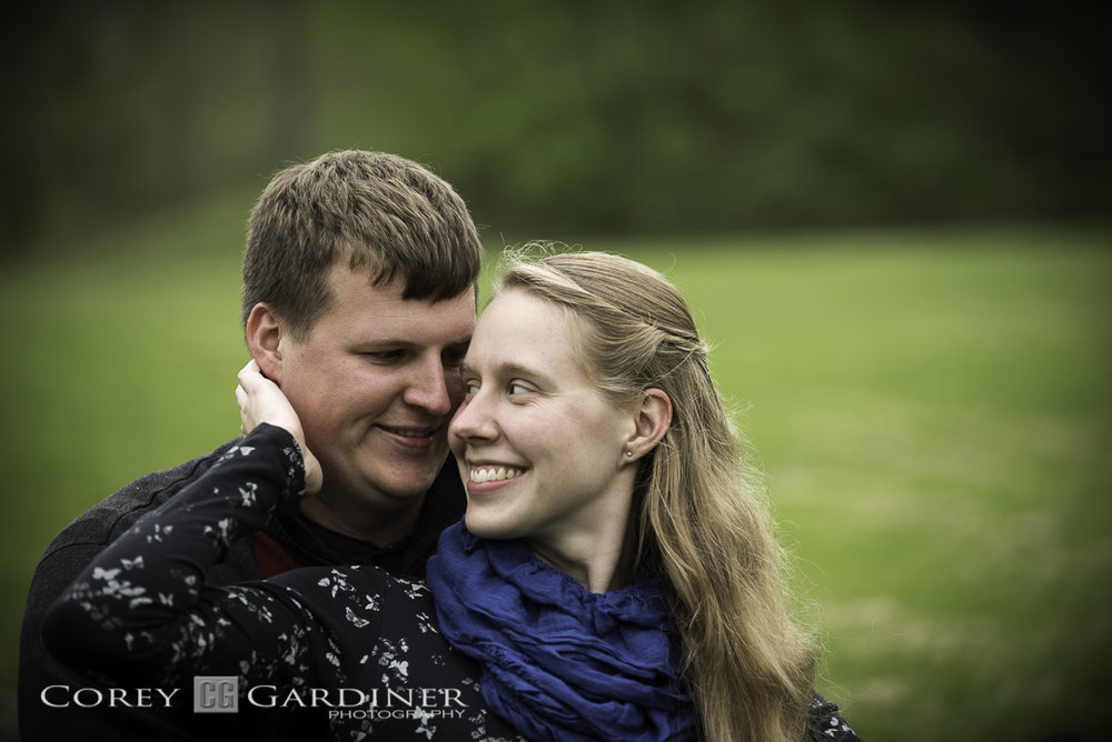 Nicole and Ian Engagement Web Use-10.jpg