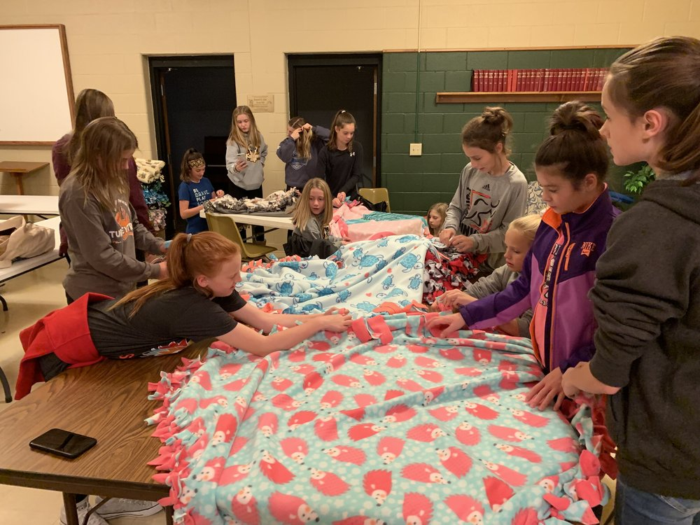 PSC 06 Green Girls_Blankets for Bronson 2_November 2018.jpg