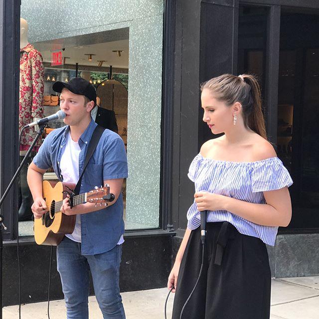 Beautiful day on Newbury Street  @juliagartha  @natedaviaumusic • • • #music #originalmusic #biglittlebanter #singing #singersongwriter #berkleecollegeofmusic