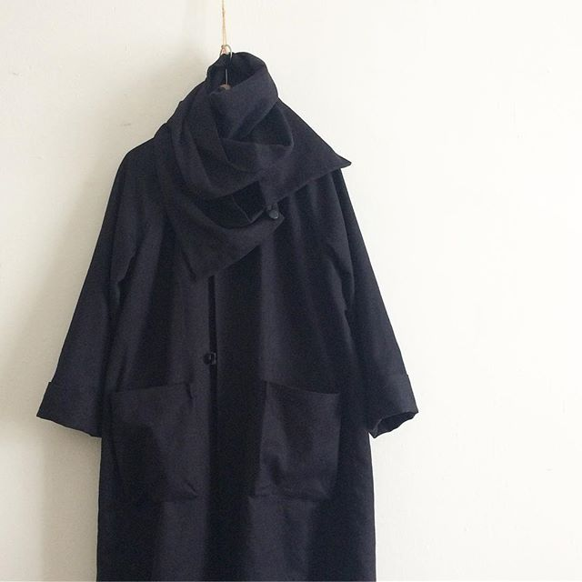 Urban Shepherd Coat  Order-made available in October via online (Delivery in November)  color-#black, ink-blue size- S-M, M-L material- organic cotton, hemp, wool #unisex #timelesssimplisity #naturalmaterials