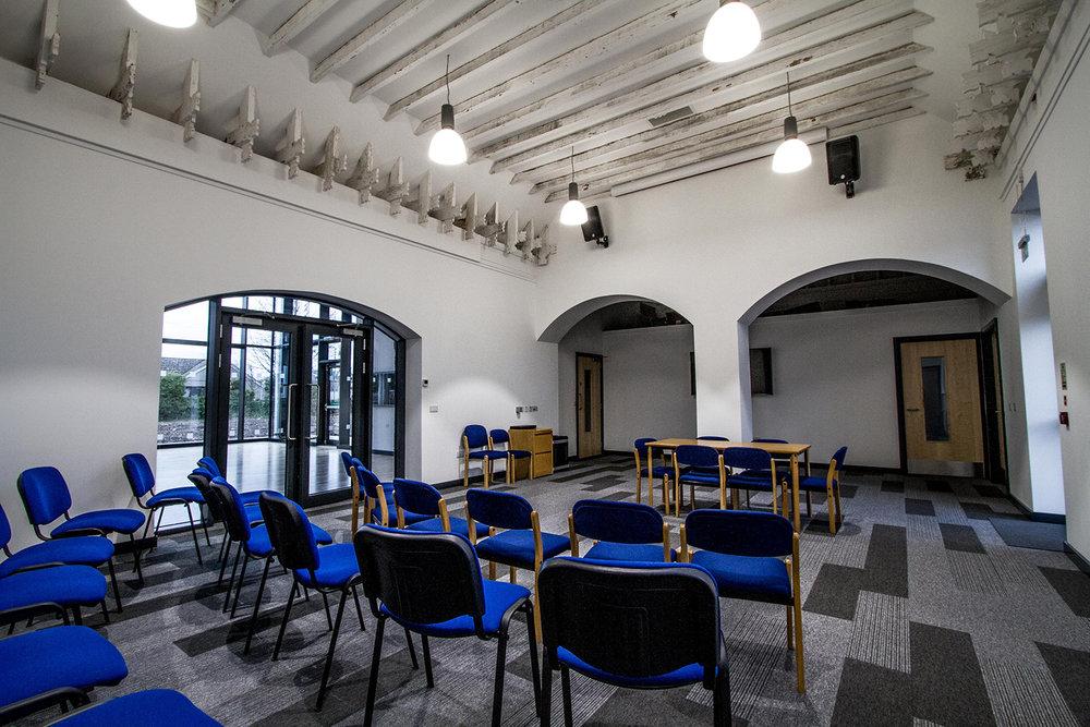 MacNiven Hall *