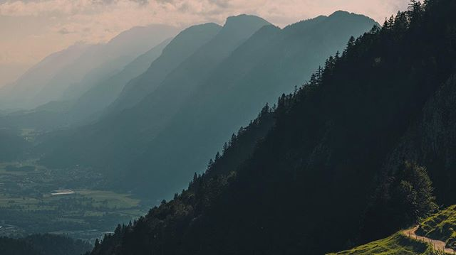 I'm always drawn to the scale of the mountains, especially when they form layers like these. What's your favourite mountain range? Shot in Austrian Alps, near Kufstein. .⠀ .⠀ .⠀ .⠀ .⠀ .⠀ .⠀ .⠀ #visittirol #visitaustria #kufsteinerland #austrianalps #passionpassport #theweekoninstagram #beautifuldestinations #earth #artofvisuals #visualsofearth #folkscenery #stayandwander #earthoutdoors #travelphotography #visualscollective #earthpix #lifeofadventure #pathfinders #agameoftones #natgeotraveler #wildernessnation #lonelyplanet #fantastic_earth