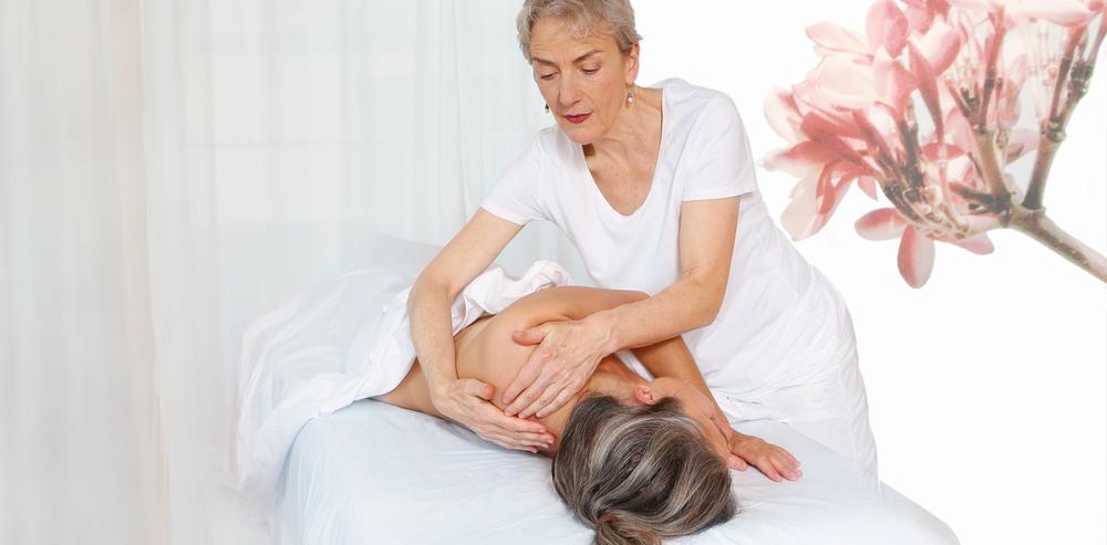 Sich tief entspannenund wohlfühlen - Esalen Massage
