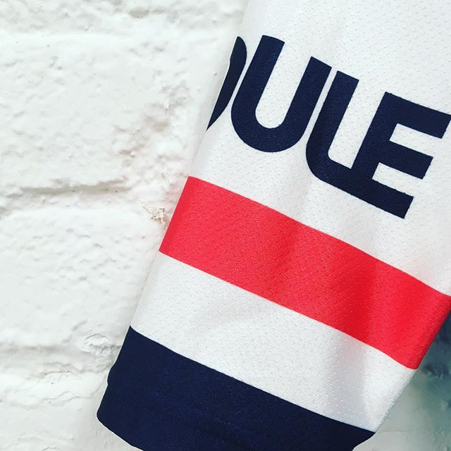A little retro, a little modern, a whole lotta fun... 😎 - A little sneak peak of The Club Roule 2019 Team Kit. Perfect for races, long epic rides, or just sipping champagne under an umbrella with a bag full of GummyBears. The choice is yours. ✌️❤️🚲 - RouleCycling.com \\ #RouleTogether #RoulePDX #PeaceLoveBikes #TheClubRoule . . . #KitFitCycling #CyclingPhotos #CyclingShots #CyclingKits #CyclingStyle #Cycle #Roadbike #KitWatch #NewKitDay #CyclingApparel #CyclingFashion #CyclingWear #Premium #CyclingPhoto #InstaCycling #Snobici #Portland #RoadIsTheWayOfLife #GoOutside