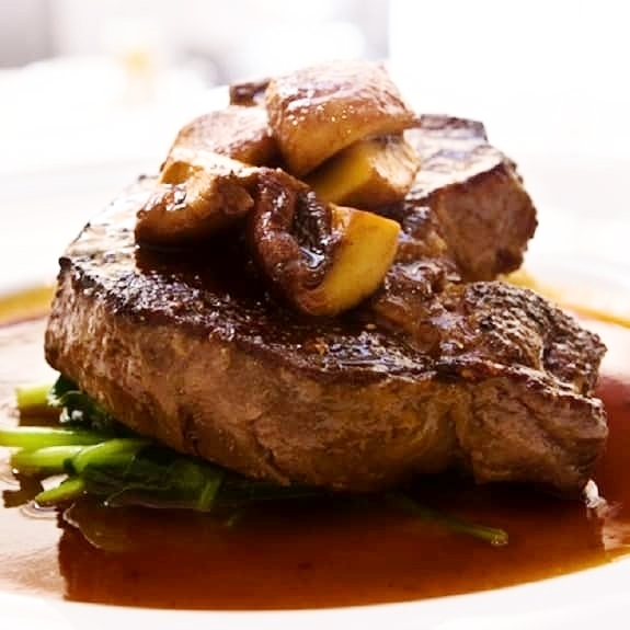 steak-with-mushroom-merlot-sauce.jpg