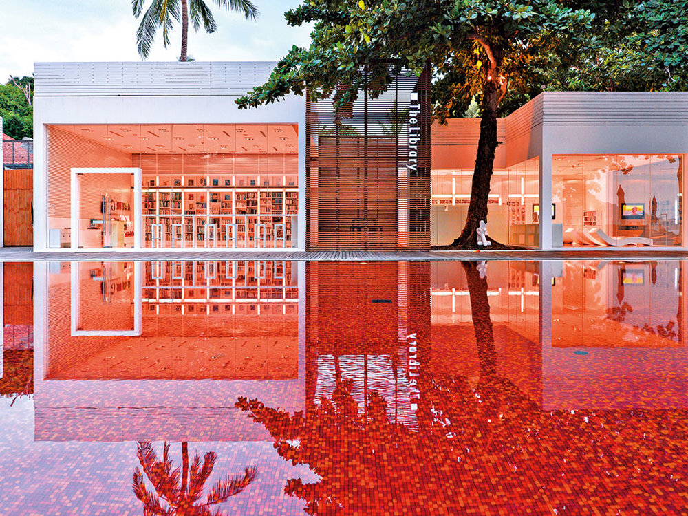 The dramatic red pool at The Library, Koh Samui