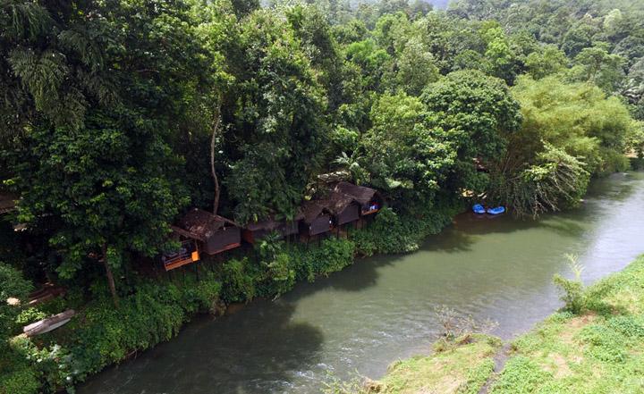 Borderlands accommodation overlooking the Kelani River in Kithulgala. Photo Credit: Borderlands