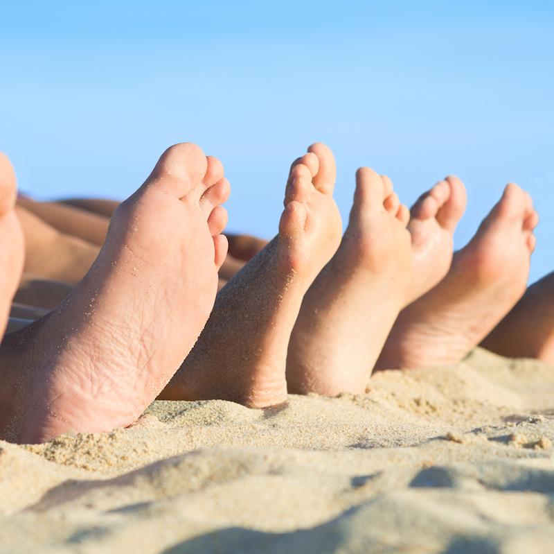 feet thumb.png
