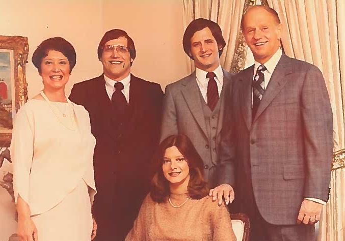Family Pic 2.jpg