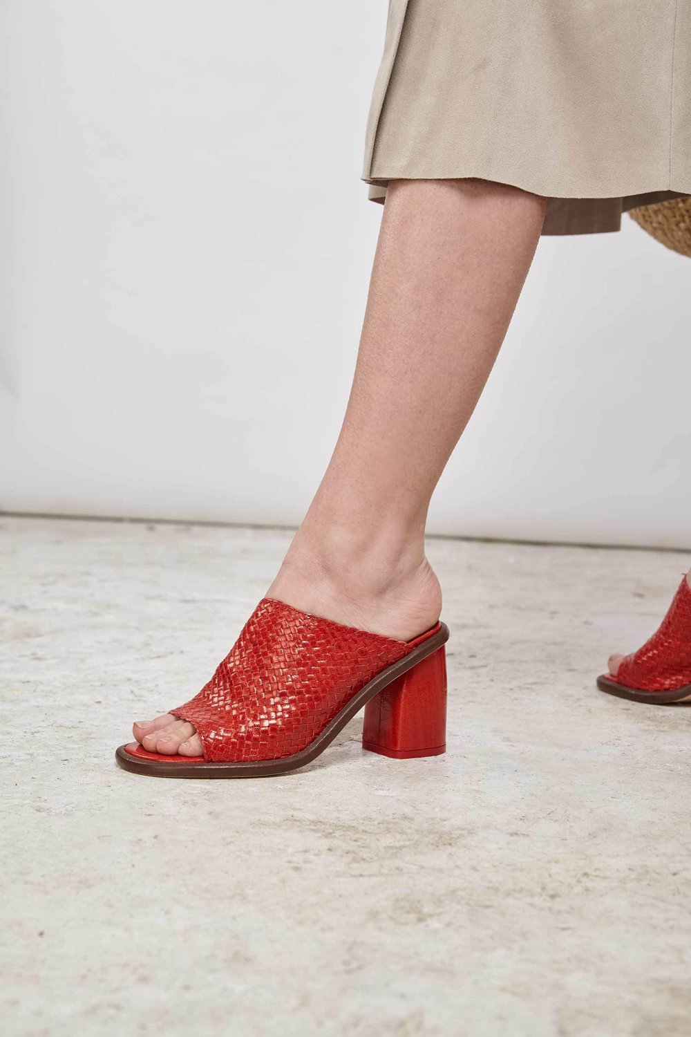 Miista red mules