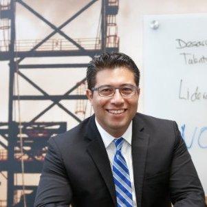 Jorge L.Izquierdo   Vice presidente