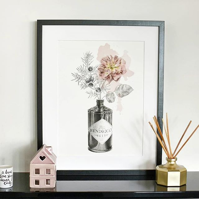 Loving getting to see where my prints end up and how people style them in their homes 😍😍 this one is now living in sunny valencia! . . . . . . . #hendricksgin #gin #illustration #dusky #pink #rose #monochrome #sketch #relisticart #realistic #drawing #Spain #valencia #artprint #printsforsale #newhome #gandt #nearlytheweekend #scottishillustrator #illustratorsoninstagram #instaart #instasketch #instalove #Thursdayvibes