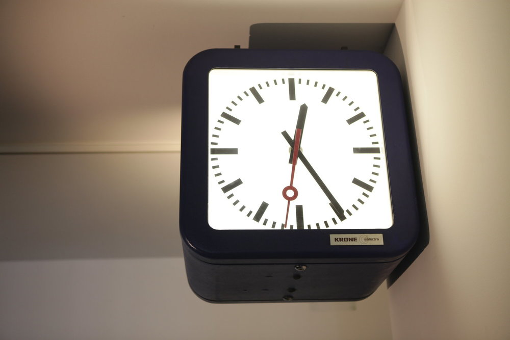 Toril Johannessen, Mean Time , 2011 Dutch train station clock re-programmed so that the pace is contingent on the current global internet activity. courtesy of the artist photo by Ian Powell