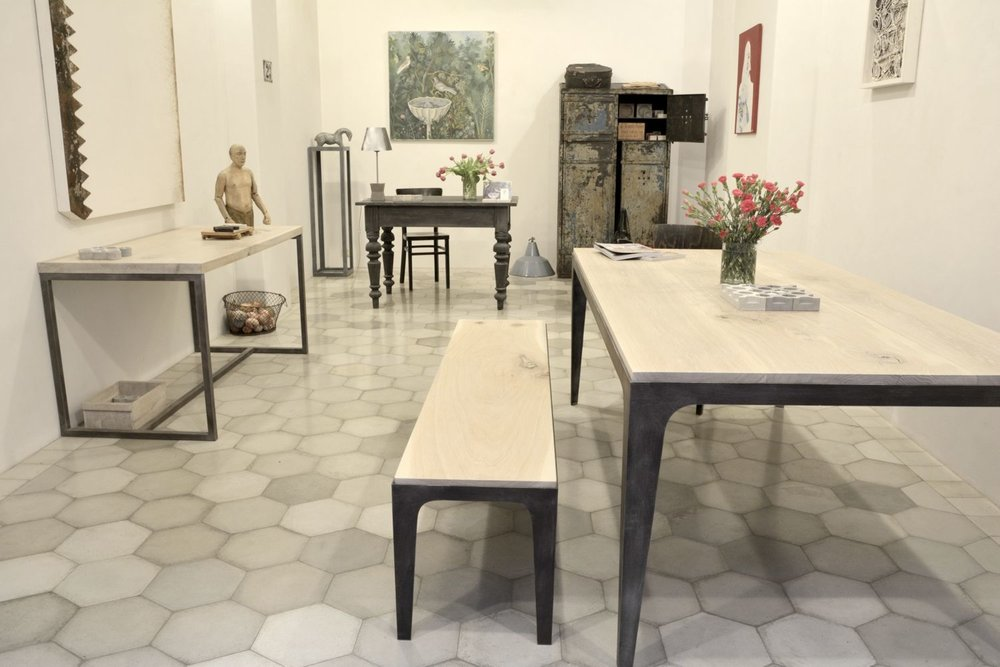 DIA Art Design showroom