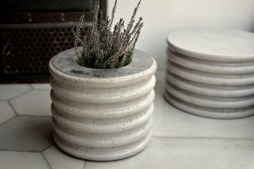 Stone spring pouffe/flower pot.