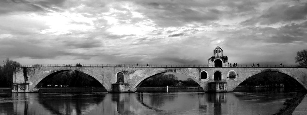 Le Pont Saint-Bénézet , Avignon, France