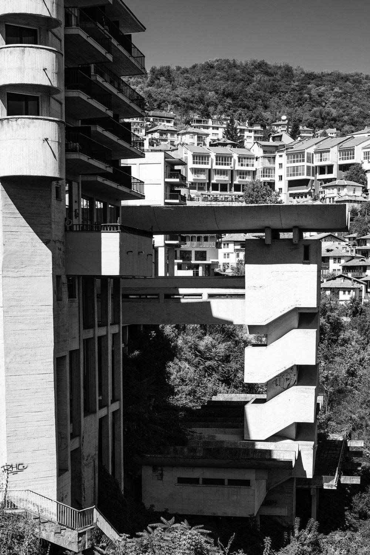 Bulgarina Brutalism, Veliko Tarnovo
