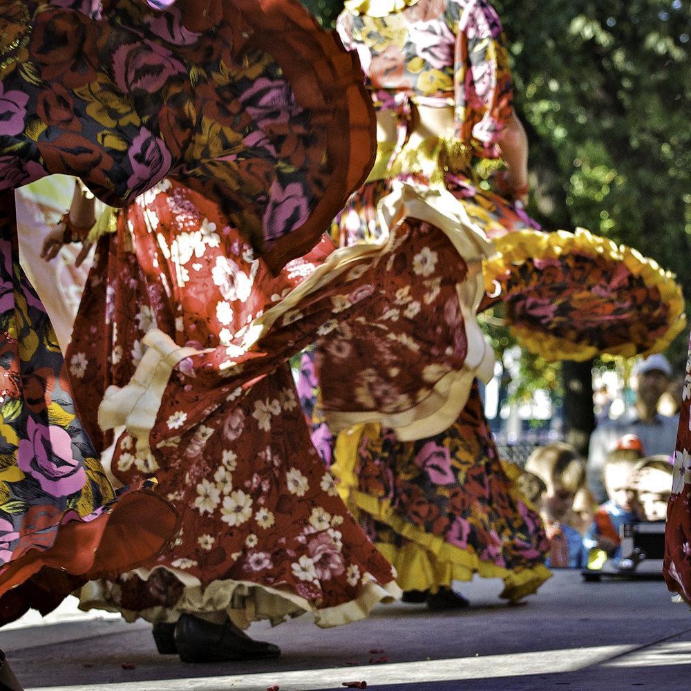 Folk Dancers, Tverskoi Bulvar