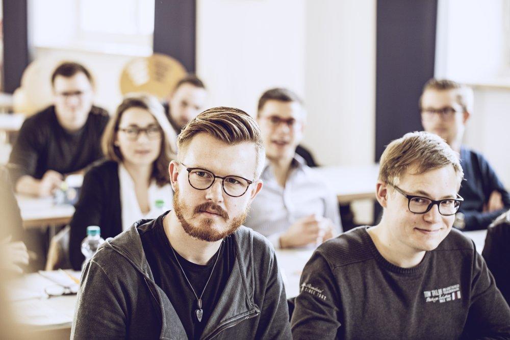 Bachelorstudium für Augenoptikermeister - START: 10.06.2019