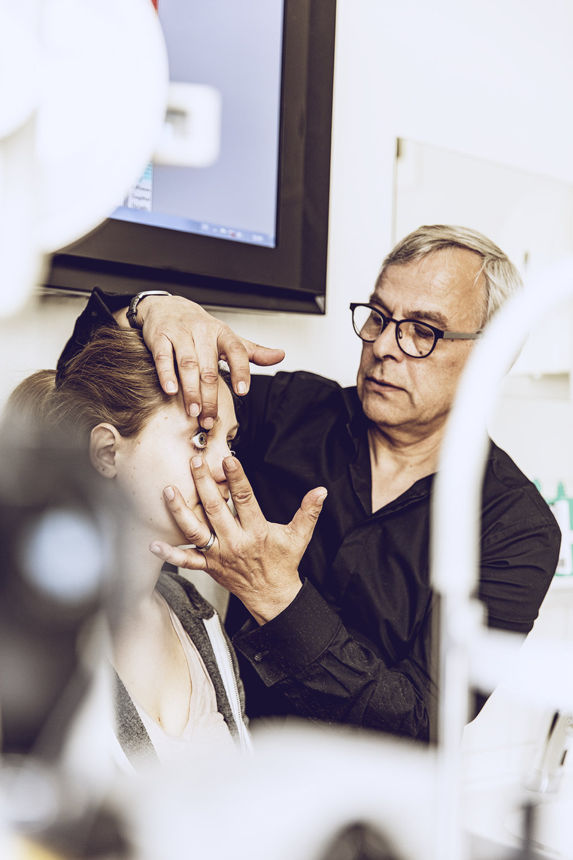Kontaktlinsenassistenz
