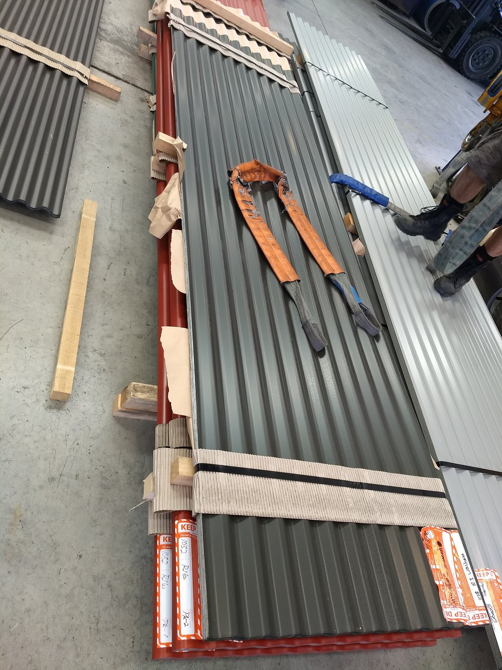 The steel arrives! (Yes that's the lot)