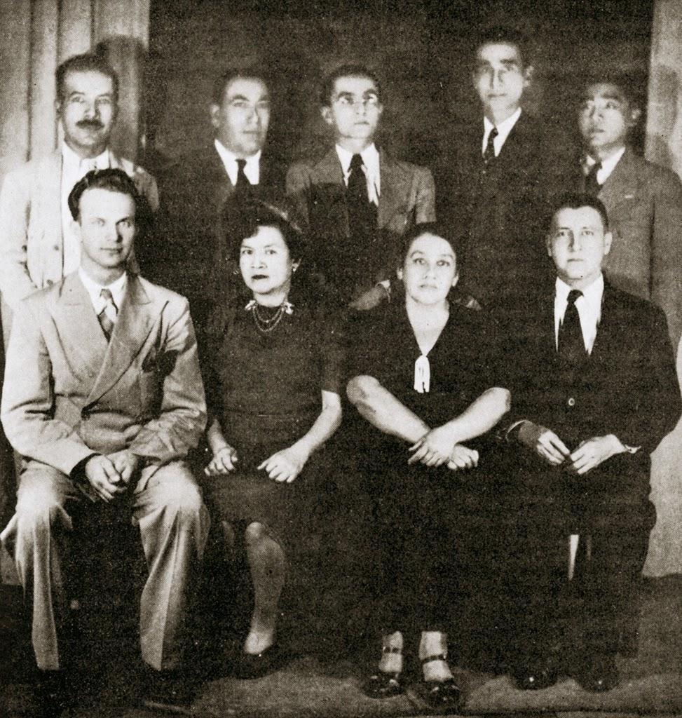 Miembros de la Asamblea Espiritual Local de San Salvador, en 1943