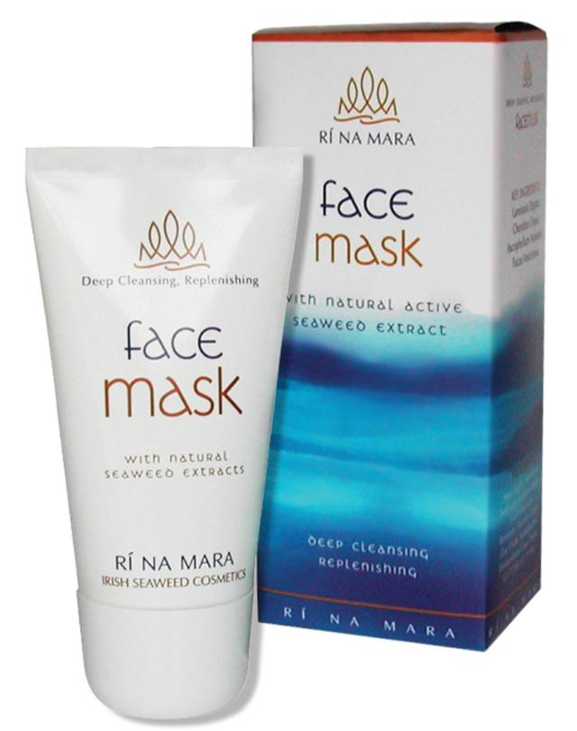 Ri na Mara face mask
