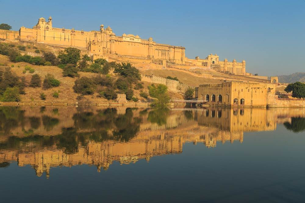 India-jaipur-amber-fort-copyright-lewis-kemper.jpg