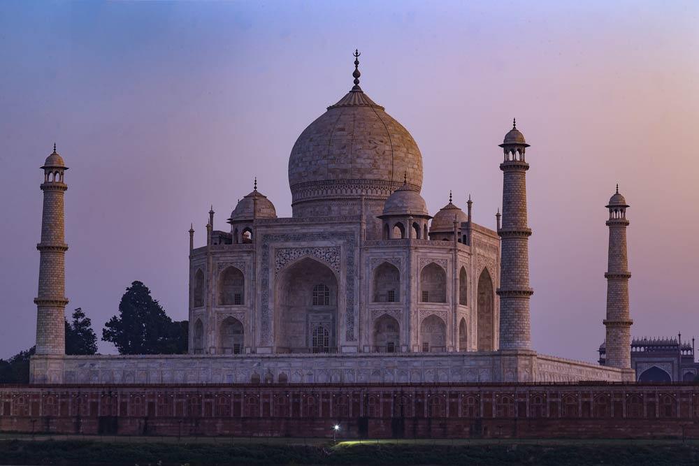 India-agra-taj-mahal-sunset-copyright-lewis-kemper.jpg