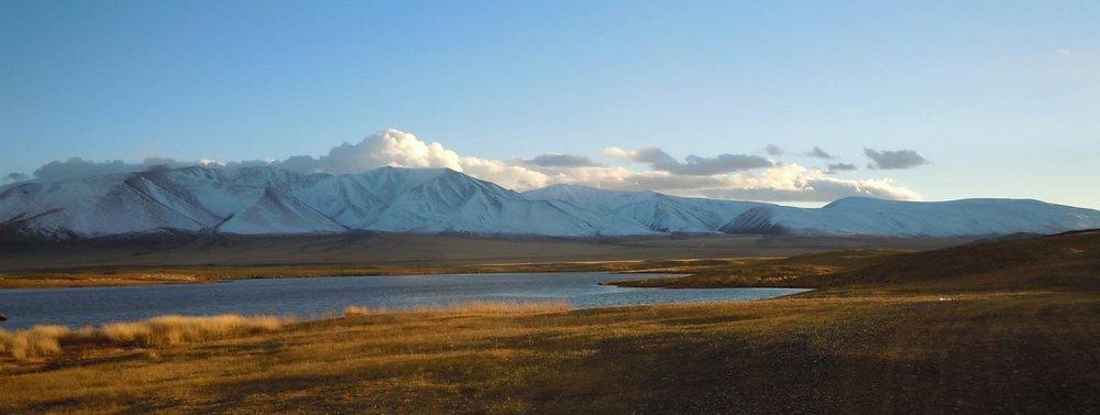 adventure-trekking-in-the-altai-featured-full-1500-x-566-1.jpg