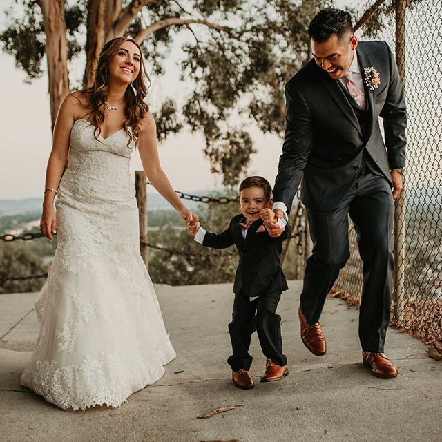 When your the coolest kid on the block cause your the best littlest man at YOUR parents wedding! I mean how cute is this punkin!!!! 🎃 . . .  Hangin and shootin for @monicalindaphotography . . .  #intimateweddings #losangelesweddingphotgrapher #elopementphotographer #junebugweddings #elopementcollective #thatsdarling #weddingphotography #laweddings  #laphotographer #authenticlovemag #lookslikefilm  #vanessajaclynphoto  #bohochic #thelittlethings #meanthemost #myworld #bestman #loveintentionally #destinationweddingphotographers #odyssey #bride