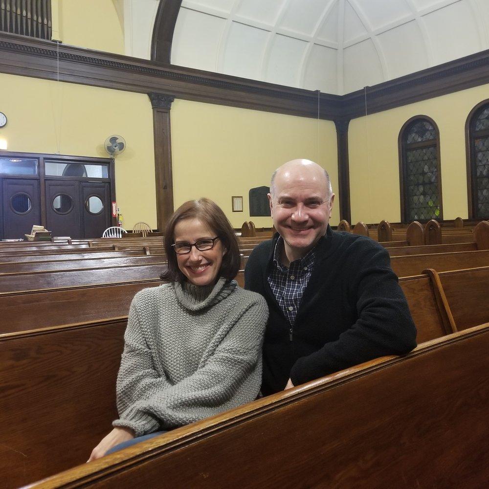 Chicago actors Karen Janes Woditsch & Michael Weber take the stage in LOVE STORIES