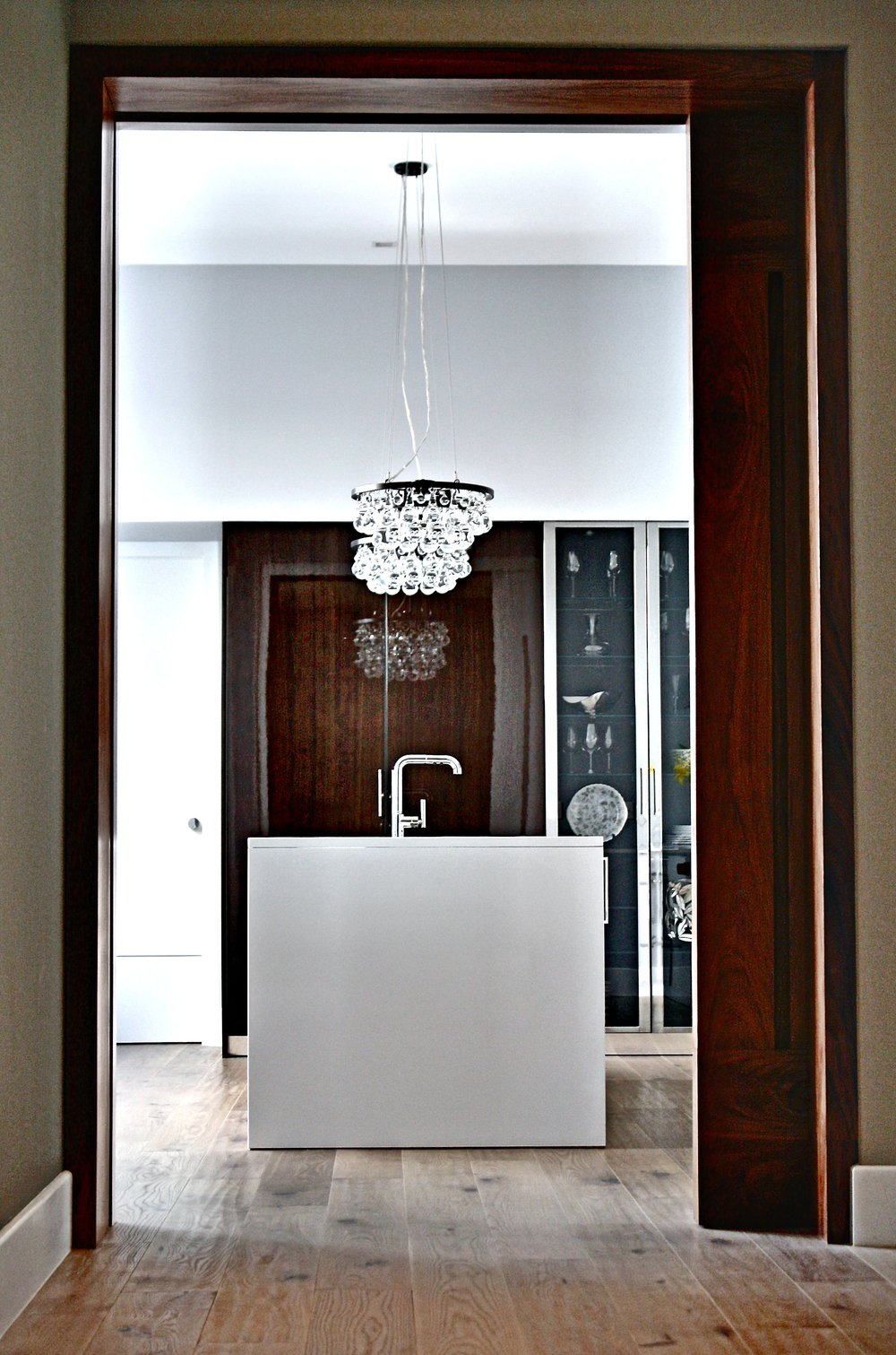 william-adams-design-chapultepec-mexico-city-kitchen-entrance.jpg